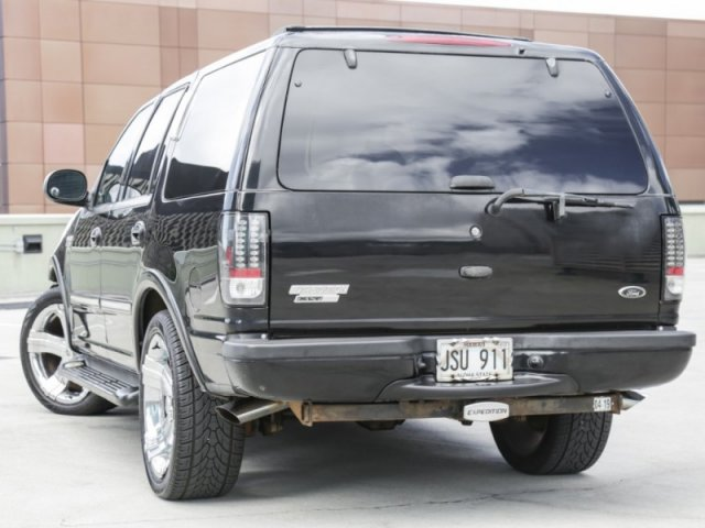 Pre-Owned 2001 Ford Expedition XLT 2WD