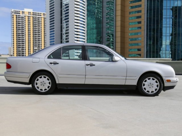 Pre-Owned 1997 Mercedes-Benz E-Class